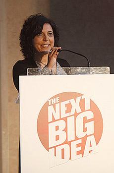 """Rute Sousa Vasco é Directora de Conteúdos do SAPO, co-autora do programa televisivo The Next Big Idea e autora do livro recentemente lançado """"Banco Bom, Banco Mau"""", editado pela Matéria-Prima"""