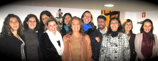 Margarida Gaspar de Matos (ao centro) com a equipa da Aventura Social