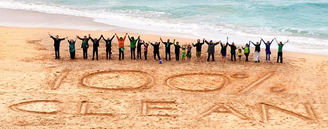 Manifestação na África do Sul, no âmbito da maior mobilização pelo Clima da história, que dinamizou mais de 2500 iniciativas em 150 países - © LeeBotha / Avaaz