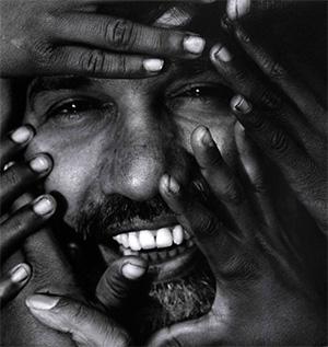 """Kailash Satyarthi, defensor da luta contra o trabalho infantil na Índia: """"O trabalho forçado é uma forma de escravatura moderna"""" - © 2000 Eddie Adams"""